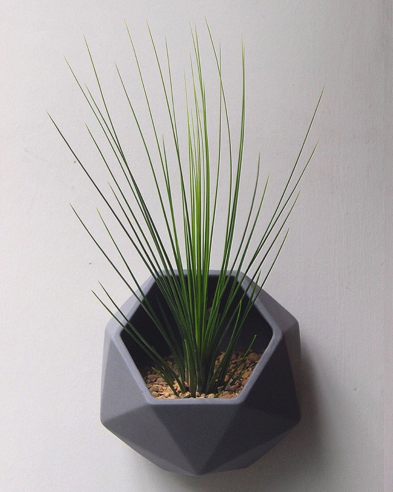 dark-grey-ceramic-wall-mounted-planter-300317-157-04