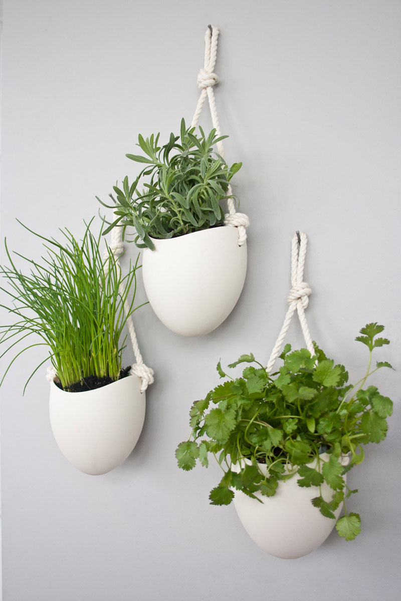 white-wall-mounted-ceramic-planter-300317-158-05