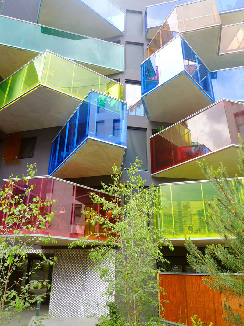 modern-glass-windows-colors-balcony-architecture-310517-332-09