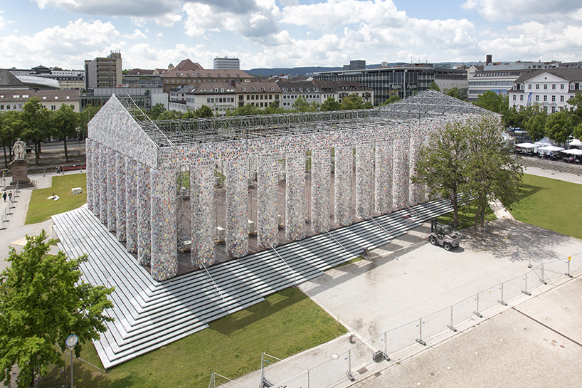 marta-minujin-the-parthenon-of-books-documenta-14-designboom-04
