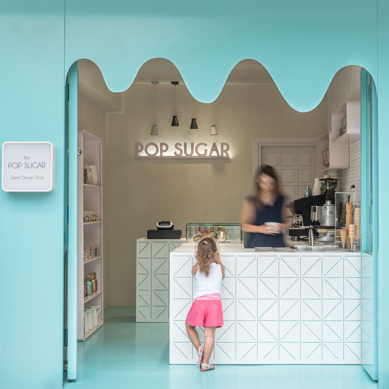 small-sweet-store-retail-design-161017-1203-01