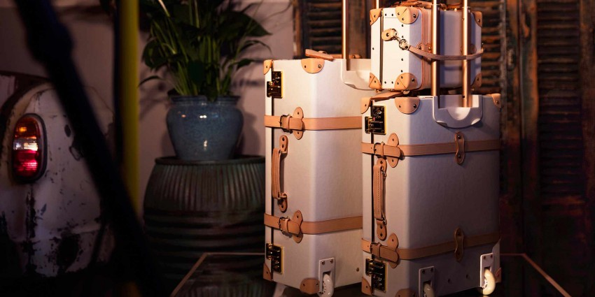 steamline-luggage-collection