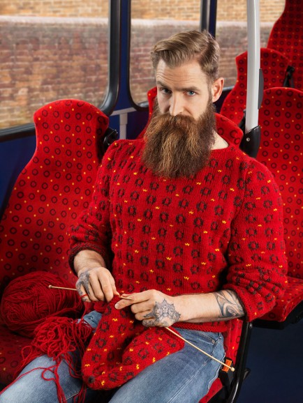 joseph-ford-hand-knitted-sweaters-blend-backgrounds-designboom-01