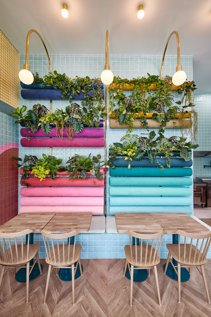 modern-bright-colorful-restaurant-interior-300418-1220-05
