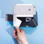 polaroid-iphone-kiipix-instant-photo-printer-designboom-1