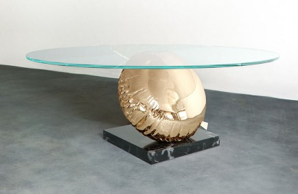 modern-furniture-balloon-table-duffy-181018-1252-03